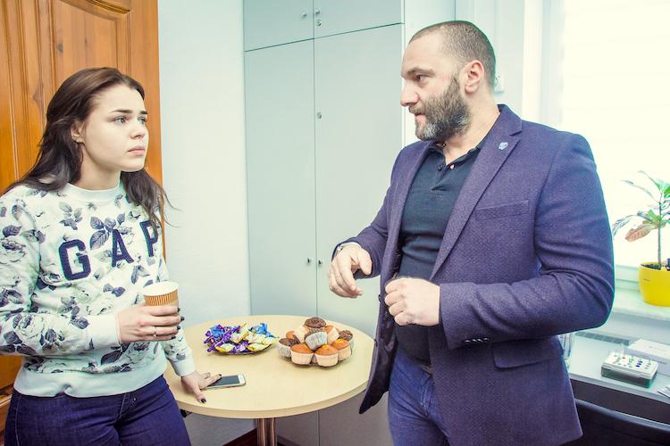 Макаренко Максим стоматолог